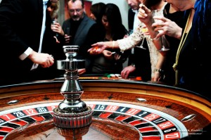 Roulette Players and Table S